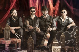 Die Band Django3000 wird beim Volksfest auftreten. Foto: südpolmusic