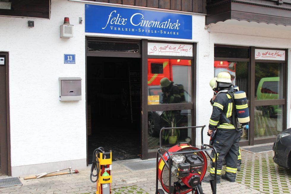 Mehrere Feuerwehren waren im Einsatz (Foto: Markus Bistrick/B304.de)