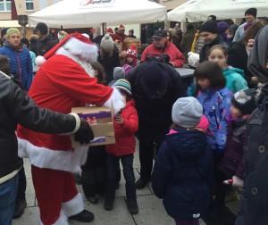 Der Nikolaus auf dem Markt