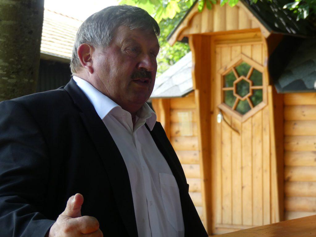 Georg Reitsberger stellt sich den Fragen der jungen Reporter